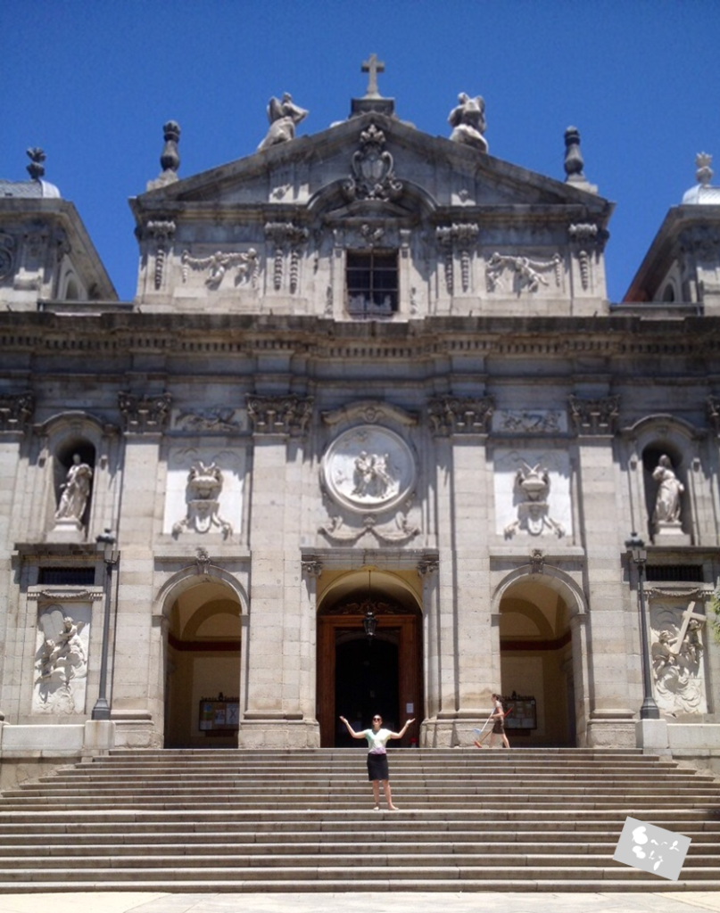 Iglesia Santa Barbara Madrid | Bar & Blij